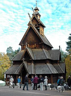 Stavkirken fra Gol